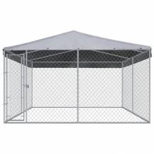 Preciosa perrera de exterior con techo PE con medidas de 382x382x225 cm
